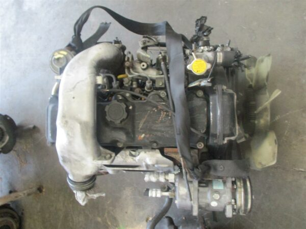 Toyota HiAce 3L 2.8 engine