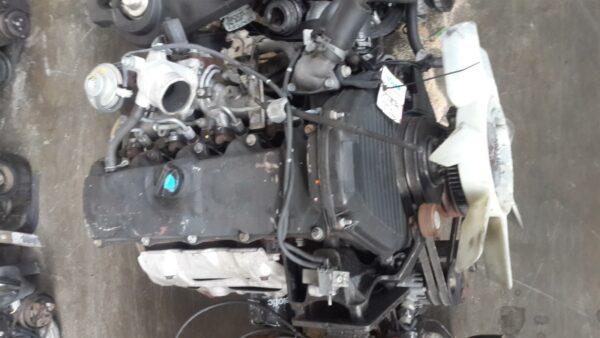 Toyota Hilux 2.4 2L Engine