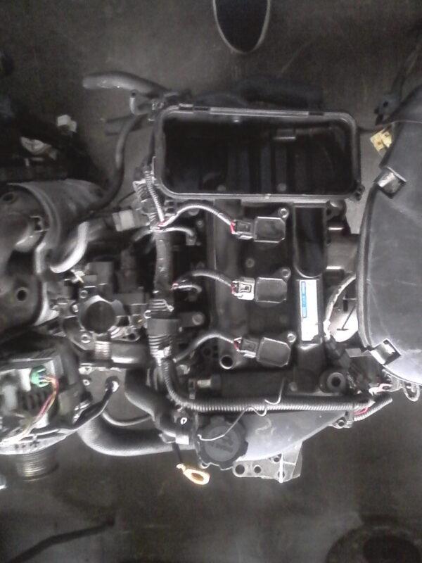 Toyota Yaris 1.0 1KR engine