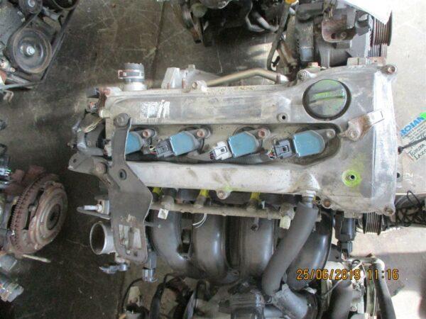 Toyota Avensis 2.0 2AZ (top inj) engine