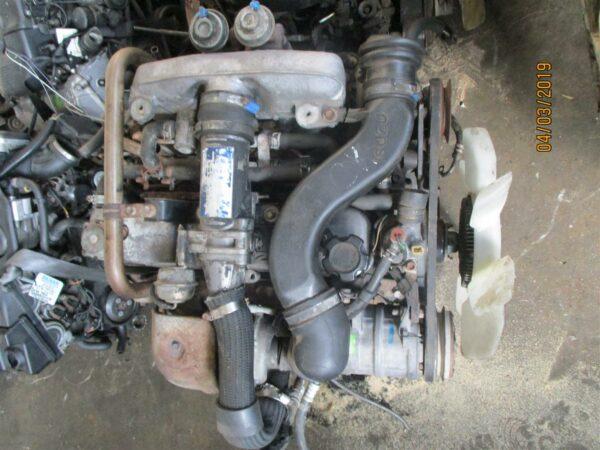 Isuzu KB300 (4jg2) engine