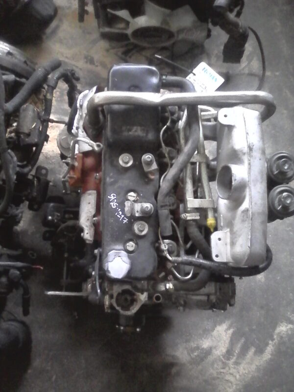 Isuzu 4JA1T Engine