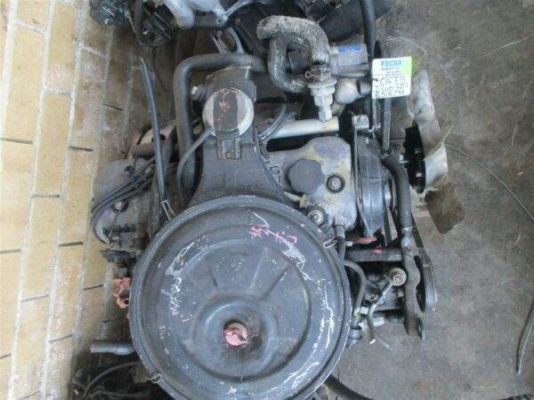 Isuzu KB200 2.0 carb engine