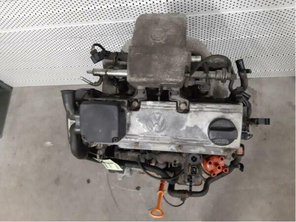VW 2.0 AGG GOLF Engine